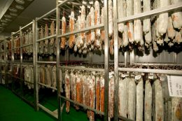Natural drying warehouses: loin